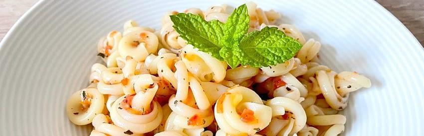 Italské těstoviny na talíři